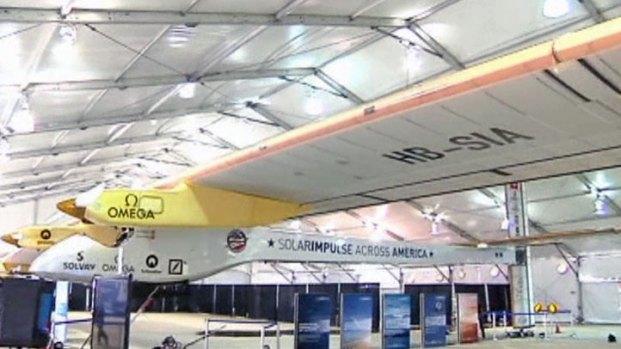 [DFW] The Solar Impulse Plane Lands at DFW