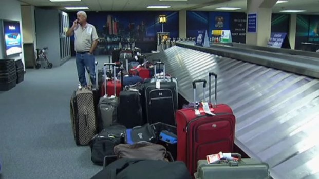 [DFW] Heavy Winds Cancel Flights at DFW Airport