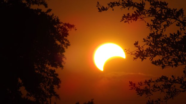North Texans Snap Photos of Solar Eclipse