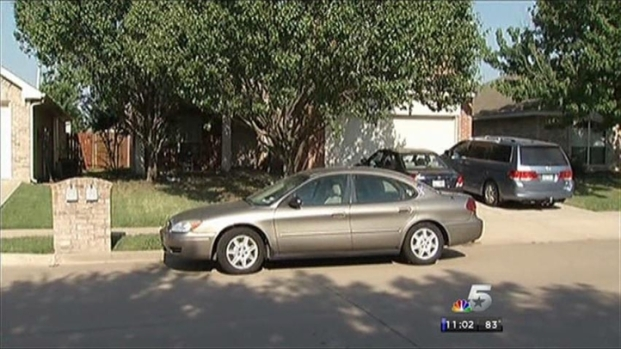 [DFW] FBI Takes Evidence From Parents' Car