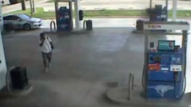 [DFW] Police Release Gas Station Video of Car Thief