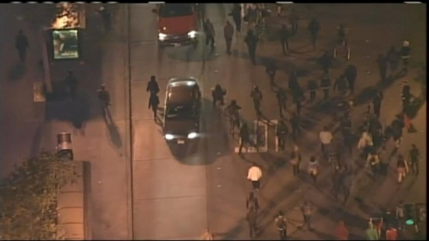 [BAY] RAW VIDEO: Oakland Travon Martin Protesters March Late Into the Night
