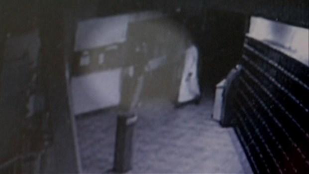 [DGO] Surveillance Cam Captures Mosque Threat