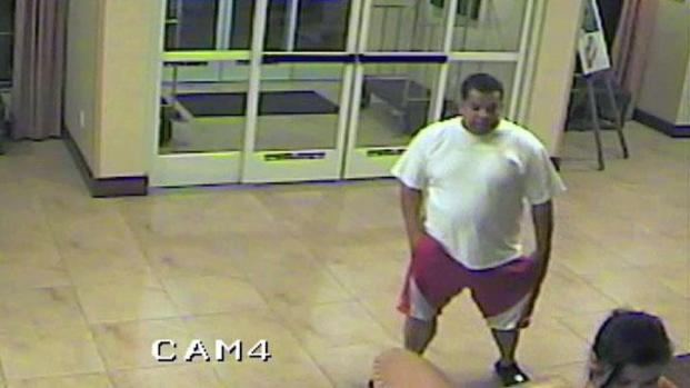 [DFW] Police Release Video of Possible Robber