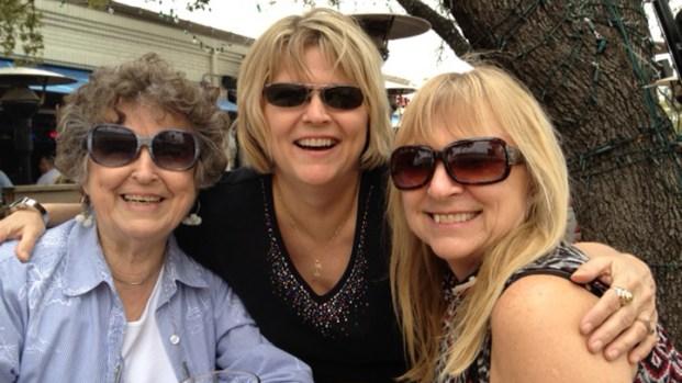 "[DFW] Daughters of ""Casino Sue"" Share Fond Memories"