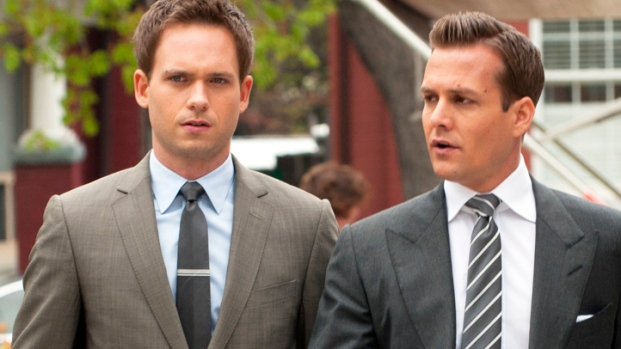 """""""Suits"""" Stars Chat About Season 2 on the Red Carpet"""