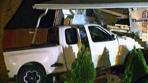 [DFW] Pick-Up Truck Slams into Carrollton Home
