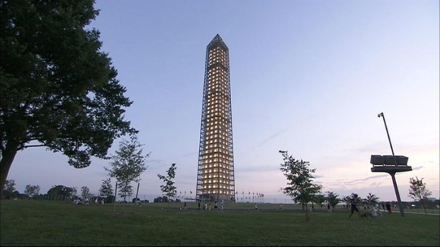 [DC] Washington Monument Lit Up During Restoration