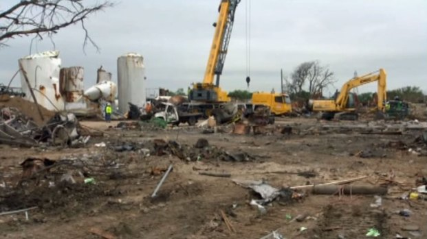 [DFW] Investigators Still Searching West Blast Site