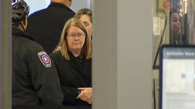 Woman With Gun in Bag Arrested at DFW Airport
