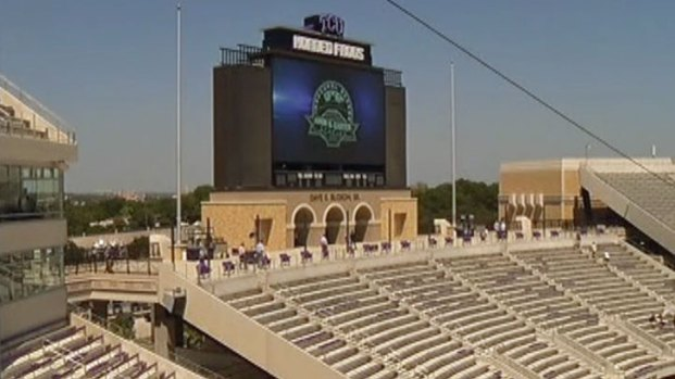 [DFW] New Amon Carter Stadium