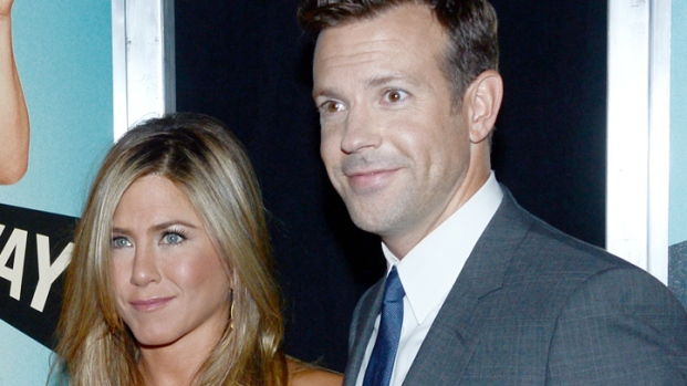 "[NY] Jennifer Aniston, Jason Sudeikis Show off Chemistry in ""We're the Millers"""