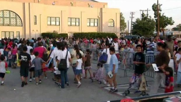 [DFW] Heat Precautions at Dallas Back-to-School Fair
