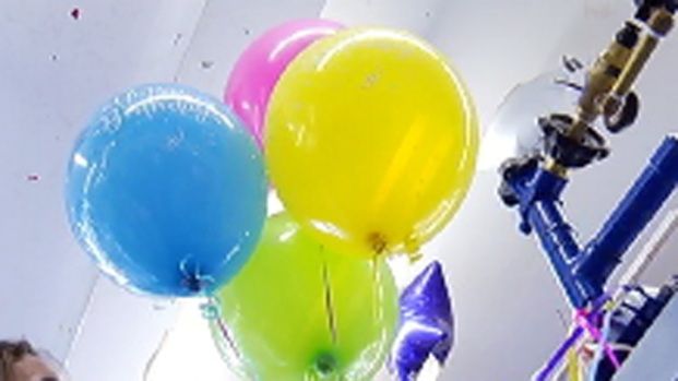 [PHI] Helium Shortage Not Good for Party Suppliers