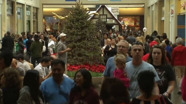 [DFW] Shoppers Pack Malls for Black Friday Deals