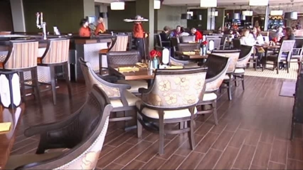 [DFW] Country Club Attracts Younger Members
