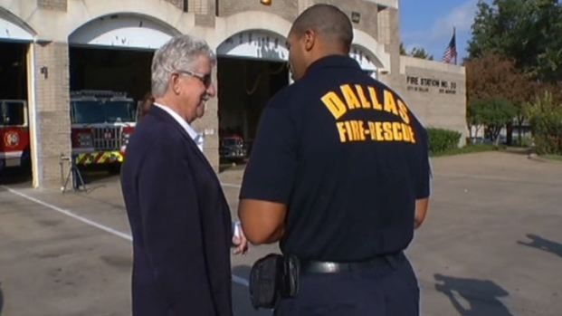 [DFW] Arizona Man Thanks Dallas Firefighters