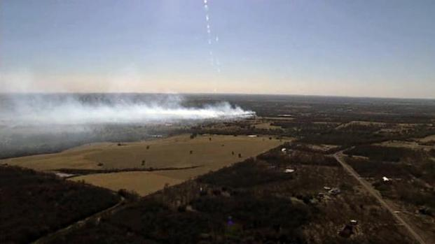 [DFW] Fast-Moving Grass Fire Burns More Than 240 Acres