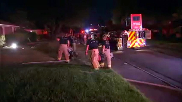 [DFW] Two Injured in Dallas House Fire