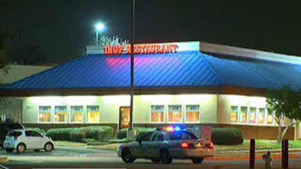 [DFW] Man Barricades Himself in Lewisville IHOP