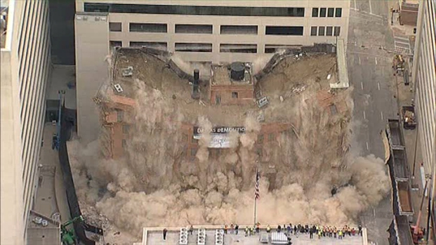 [DFW] Thomas Building in Downtown Dallas Imploded