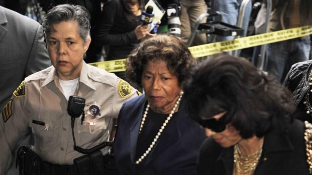[LA] Katherine Jackson, La Toya Jackson React to Conrad Murray Sentence