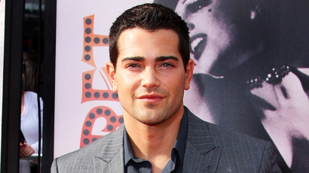 Jesse Metcalfe Finally Sells in Beverly Hills