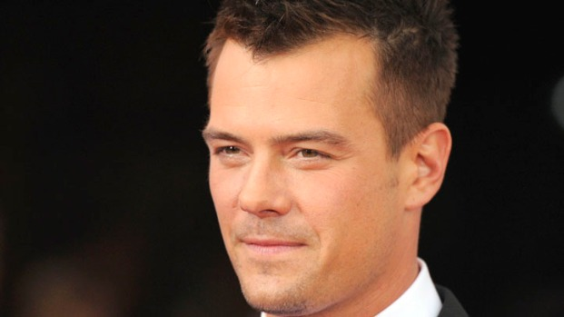 "[NATL] Josh Duhamel Did ""Crazy"" Stunt in ""Transformers 3"""