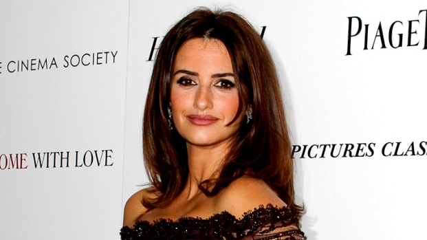 "[NBCAH] Penelope Cruz: ""World Different"" After Being a Mom"