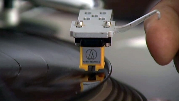 [DFW] New Generation Discovering Vinyl Records