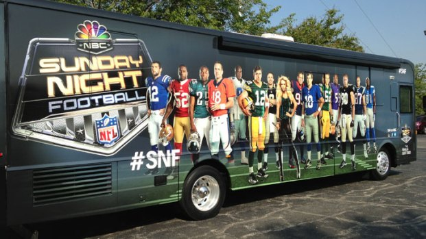 Sunday Night Football Bus Arrives in NTX for Cowboys Game