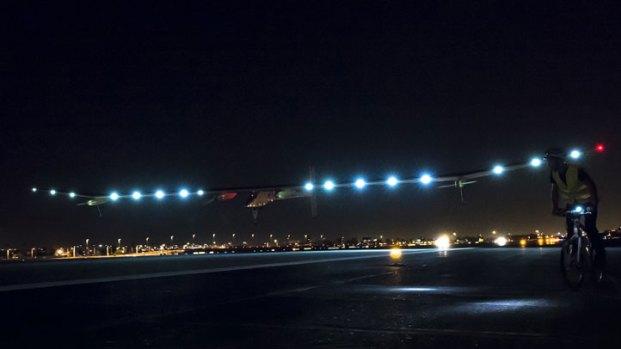 [DFW] Solar Plane Lands at DFW Airport