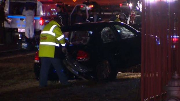 [DFW] Mother, Toddler Die After Car Plunges Into Pond