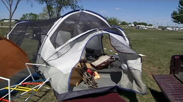 [DFW] Wind Doesn't Blow Away TMS Campers' Plans