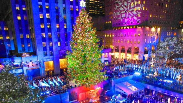 Lighting Of Rockefeller Christmas Tree.Rockefeller Center Tree Lit To Kick Off Christmas Season