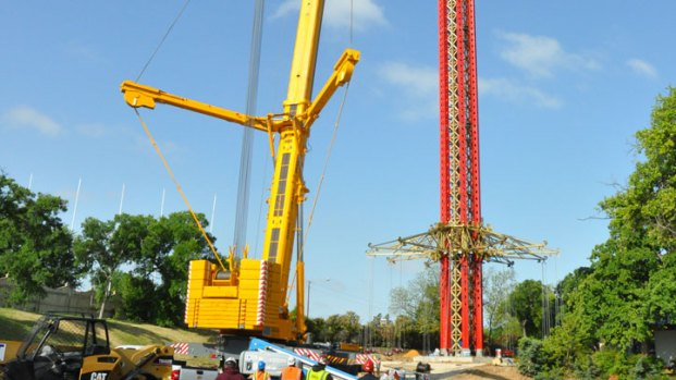 Texas SkyScreamer Construction at Six Flags Over Texas