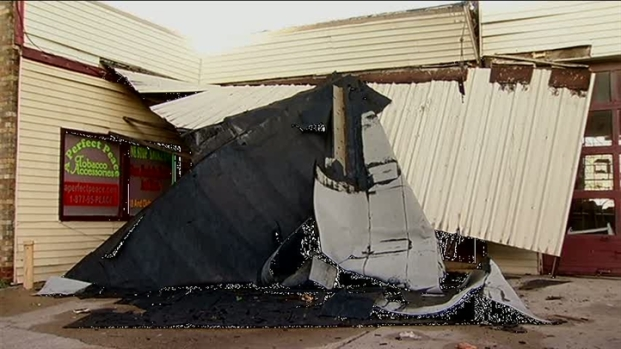 [DFW] Storms Rip Roof from Hotel, Cause Damage in Waxahachie