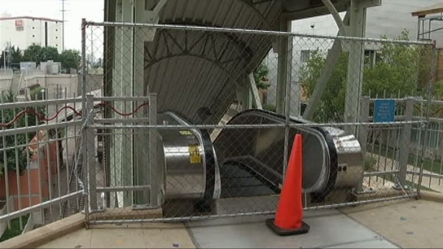 [DFW] Escalator Still Closed At Mockingbird Station