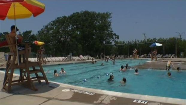 Public pools in dallas and arlington open nbc 5 dallas fort worth for City of fort worth public swimming pools