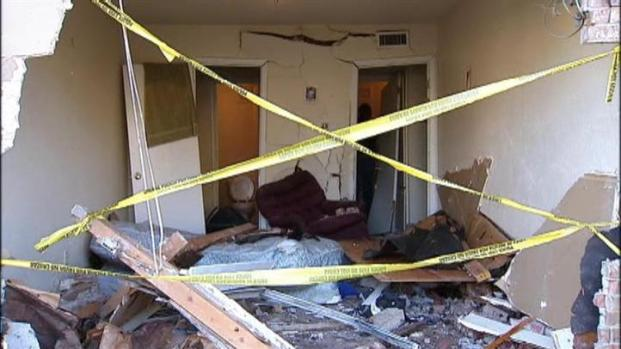 [DFW] SUV Slams Into Man's Bedroom
