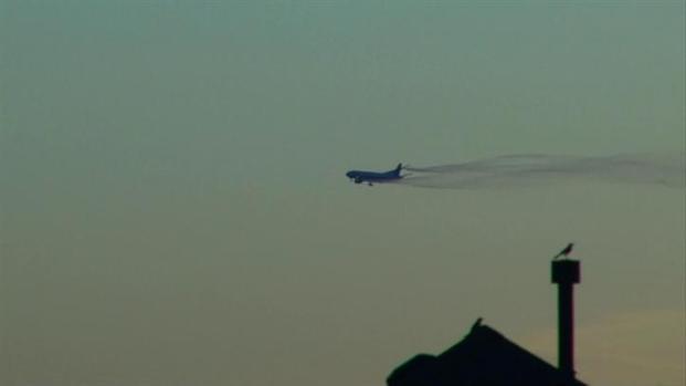 [DFW] AA Plane Dumps Fuel