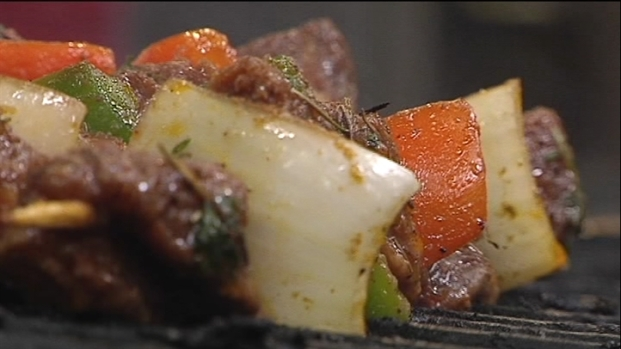 [DFW] Mama Pita Wraps Up Mediterranean Food