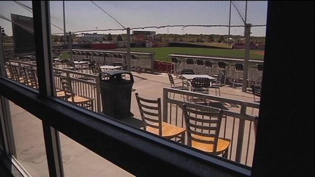 [DFW] Baseball and Brews at Fieldhouse Sports Bar