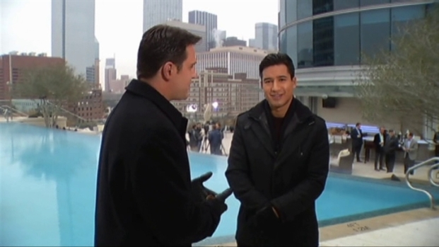 [DFW] One on One With Extra's Mario Lopez