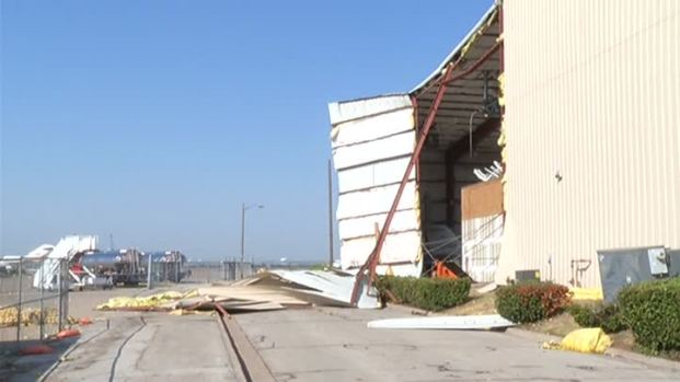 [DFW] Wind Damages Hangar at Meacham Airport