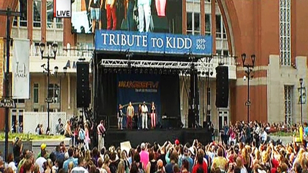 [DFW] Kidd Kraddick Remembered at Victory Plaza