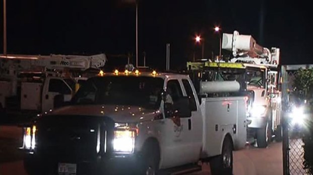[DFW] Oncor Workers Head to Northeast