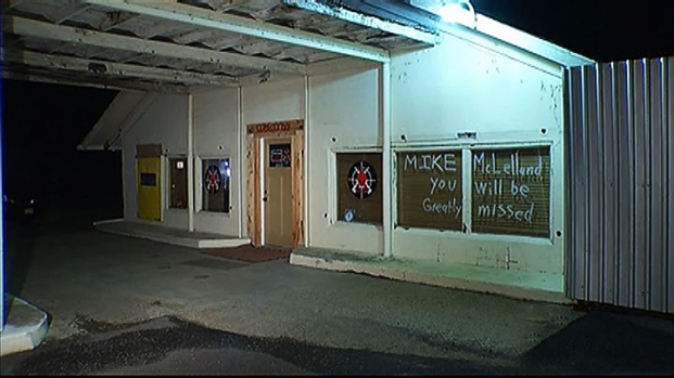 [DFW] Gun Shop Owner Remembers Slain District Attorney