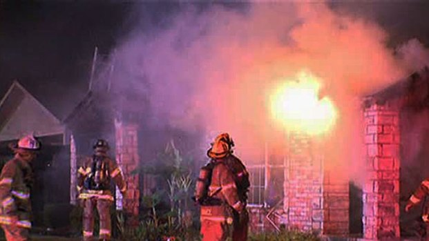 [DFW] Fire Destroys Dallas Home, No Injuries