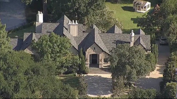 [DFW] IRS Investigates Dallas Car Dealer's Preston Hollow Home